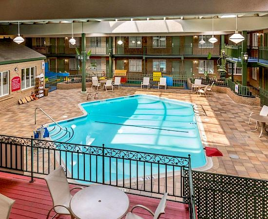 hotel with pool in frederick